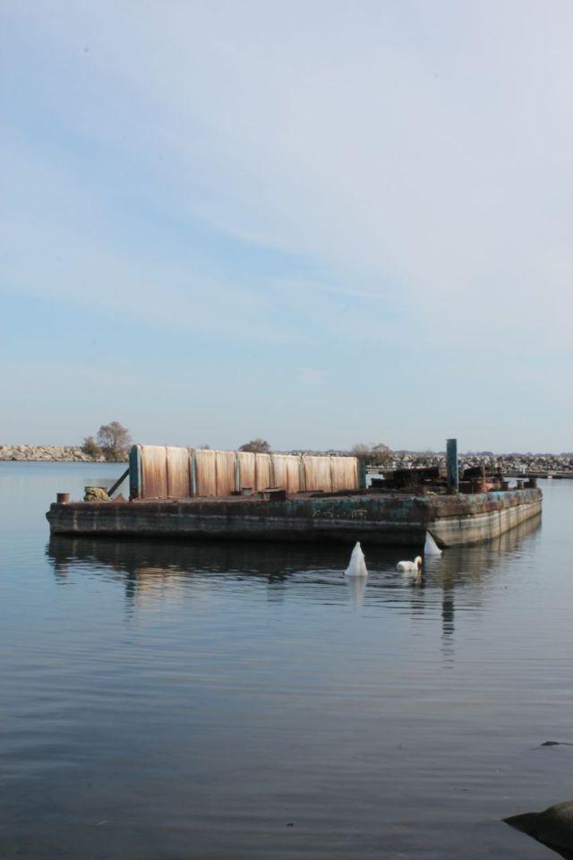 abandom barge