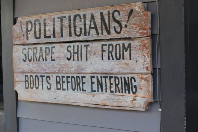 politician shit